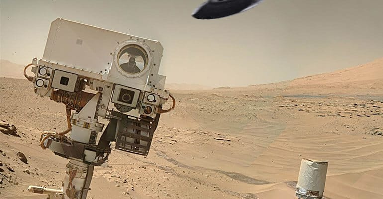 ufo spotted by curiosity on mars