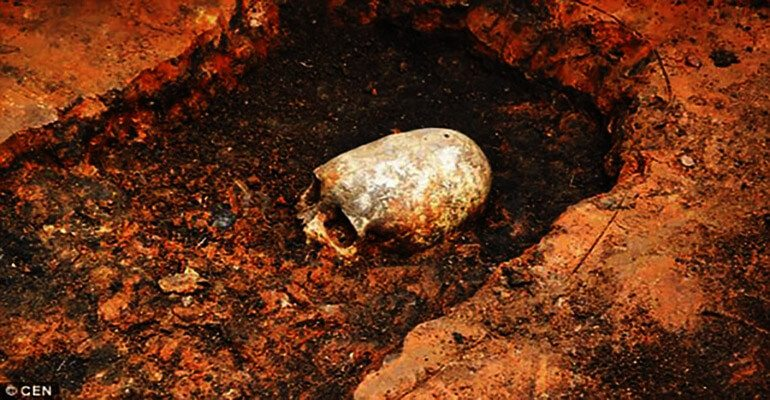 elongated skull buried 2