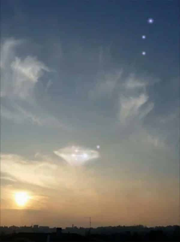 pleiadian alien ship and orbs