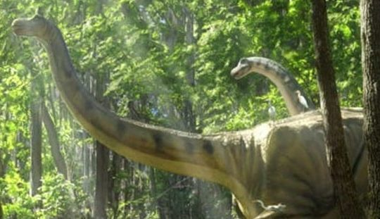 """Mokele-Mbembe — The Terrifying and Mysterious """"Lost Dinosaur"""" of the African Continent"""