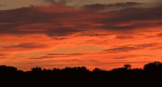 Pennsylvania Man Discovers UFO Hiding in Clouds During Sunrise