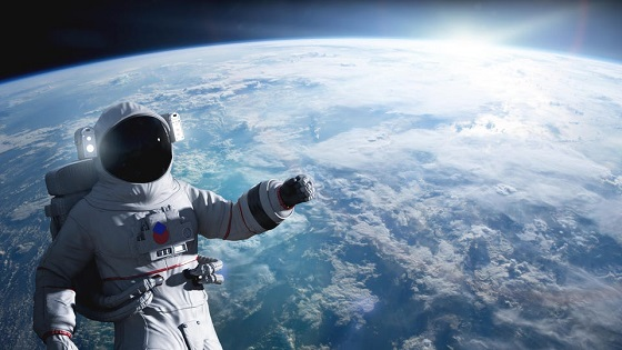 """Britian's First Astronaut Makes Shocking Claim """"Aliens are on earth among us"""""""